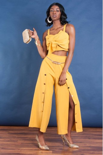 Women's Gold Pant Outfit